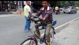 अजब-गजब : गैरिज पर काम करते-करते बना ली ये अजूबा साइकिल…