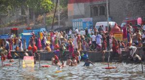 सोमवती अमावस्या : शिप्रा के प्रमुख घाटों पर आस्था का स्नान