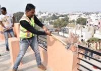 पंचमपुरा में चार मंजिला बौरासी भवन की दो मंजिल तोड़ी